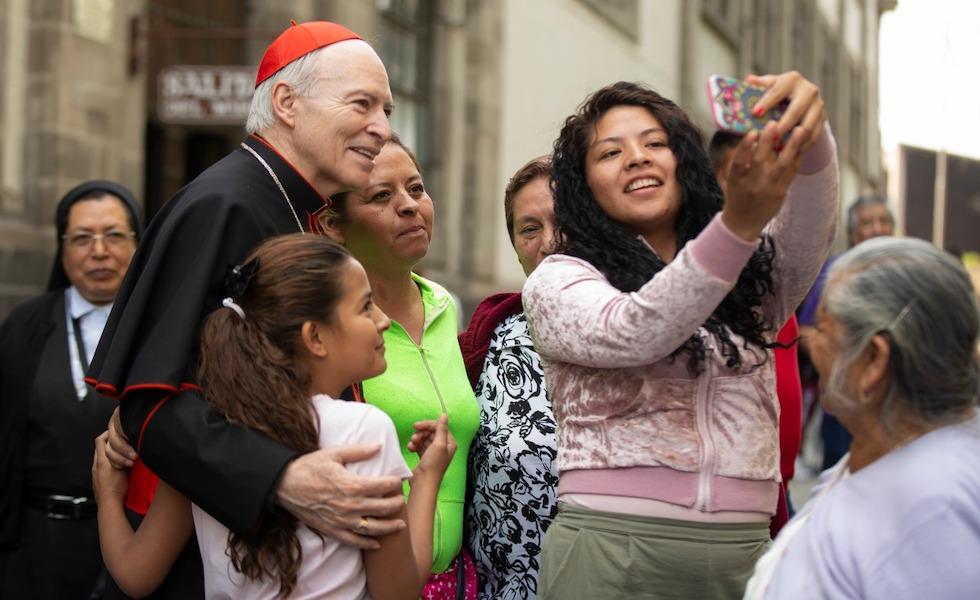 Cardenal Carlos Aguiar Retes, Arzobispo de México