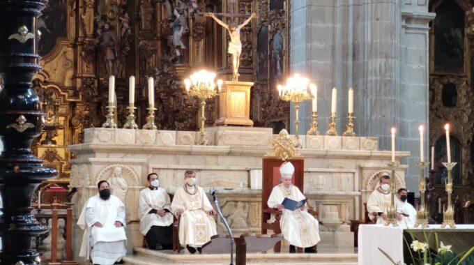 Misa Del Domingo De Resurrección O Domingo De Pascua.