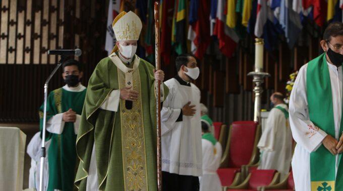El Arzobispo Carlos Aguiar Retes Preside La Misa En La Basílica De Guadalupe. Foto: INBG/Cortesía.