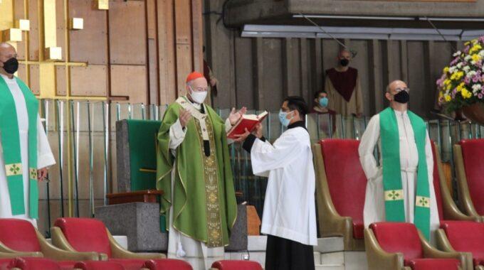 El Cardenal Carlos Aguiar Retes En La Basílica De Guadalupe.